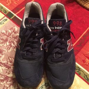 New Balance suede leather shoes. Size 10.